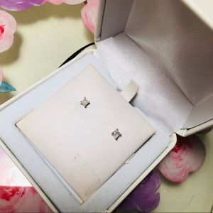 .25 CT real diamond square stud earrings
